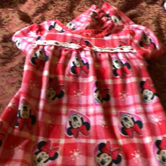 Disney: Minnie Mouse full length nightgown